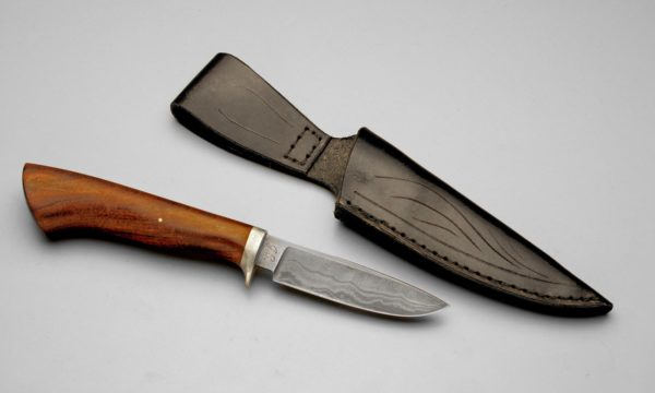 Damascus Steel Hunting Knife With Round Walnut Handle And Black Sheath